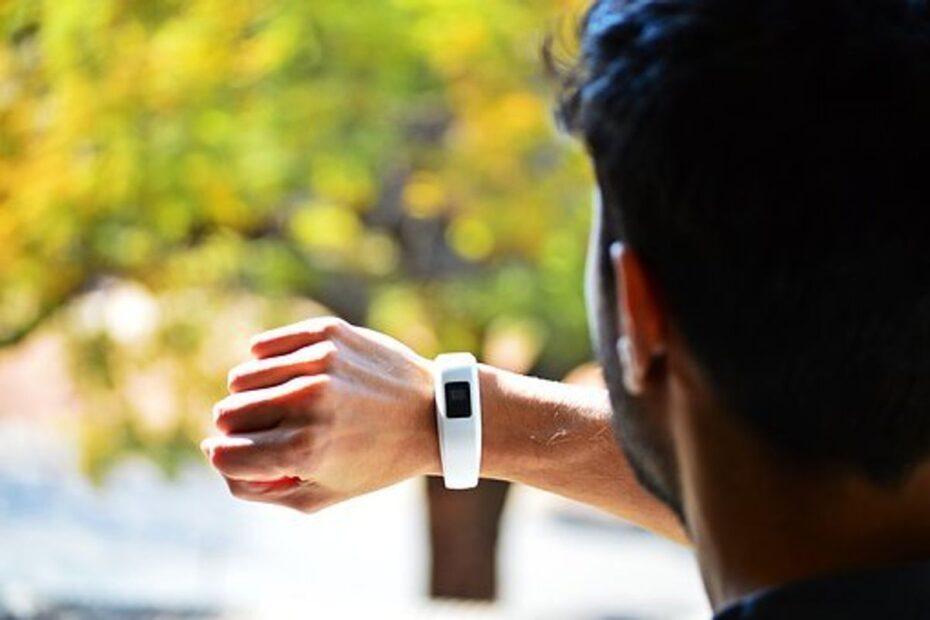 Fitbit Track Yoga